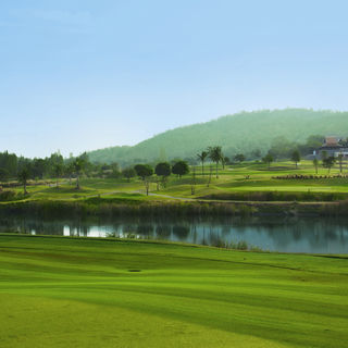 Banyan golf club cover picture