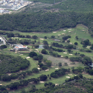 Barquisimeto golf club cover picture