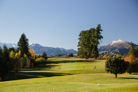 Wanaka golf club cover picture