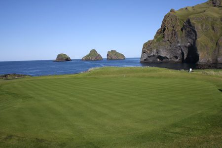 Vestman Island Golf Course Cover Picture