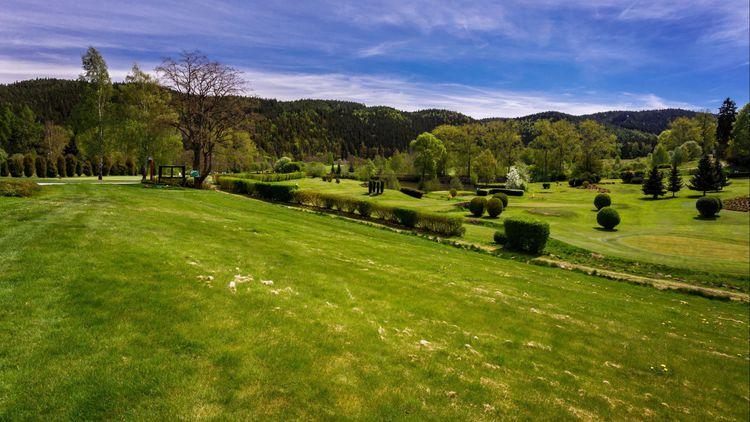 Astoria golf resort cover picture