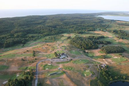 Amber Baltic Golf Club Cover Picture