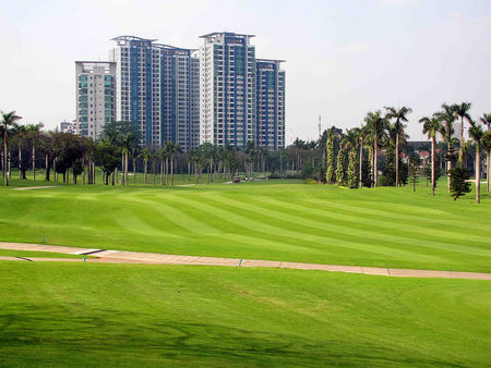 Overview of golf course named Pondok Indah
