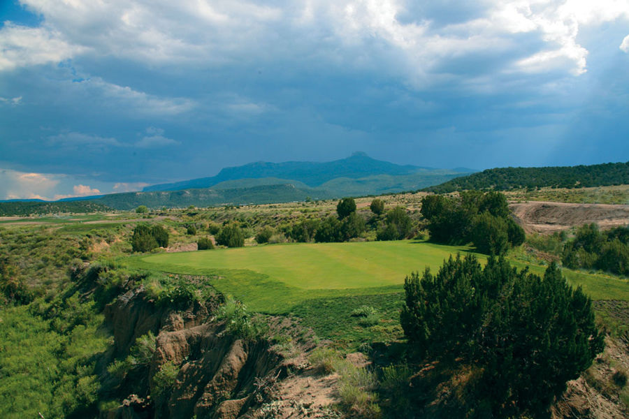 Cougar canyon golf resort cover picture