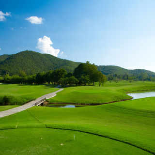 Alpine golf resort chiangmai cover picture
