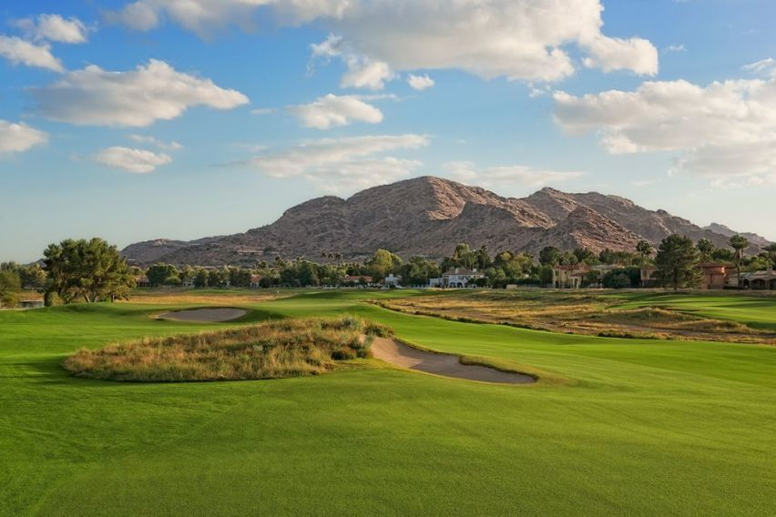 Camelback golf club cover picture