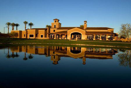 Raven Golf Club at Verrado Cover Picture