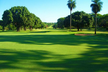 Overview of golf course named Resort Yacht and Golf Club Paraguayo