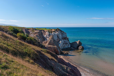 Overview of golf course named Cabot Cliffs