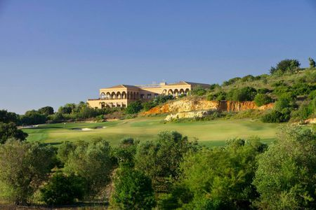 Overview of golf course named Oceanico Faldo Course