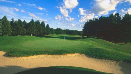 International Golf Club Cover Picture