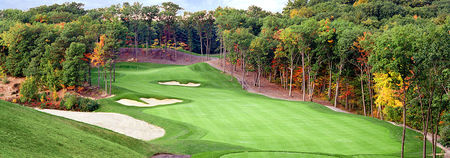 Red Tail Golf Club Cover Picture