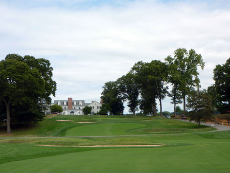 Overview of golf course named Piping Rock Club