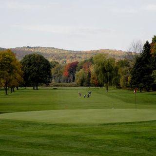 Seven oaks golf club cover picture