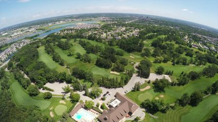 Rochester Golf and Country Club Cover Picture