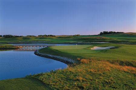 Dacotah Ridge Golf Club Cover Picture