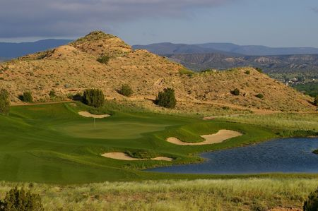 Black mesa golf club cover picture