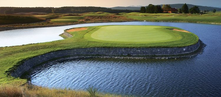 Muenchen valley golf club cover picture