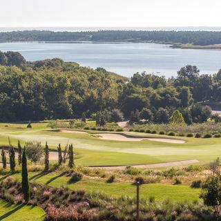 Bella collina golf club cover picture