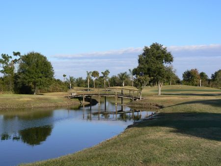 Bluffs golf course cover picture