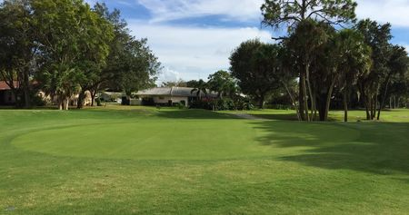 Forest Lakes Golf Club Cover