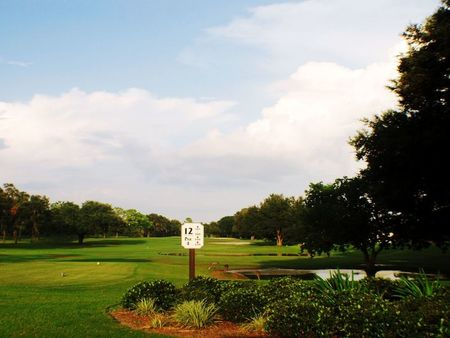 Miona Lake Golf Club Cover Picture