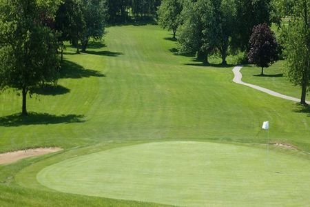 Summertree Golf Course Cover