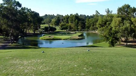 Overview of golf course named Valencia Golf Course