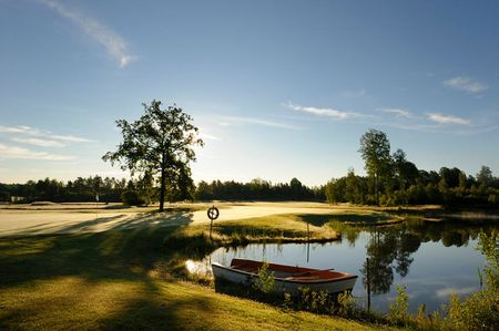 Husby gc osterhaninge cover picture