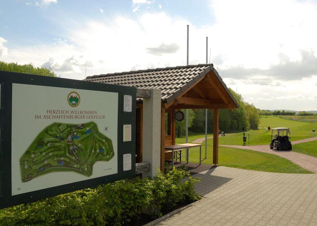 Aschaffenburger golf club cover picture