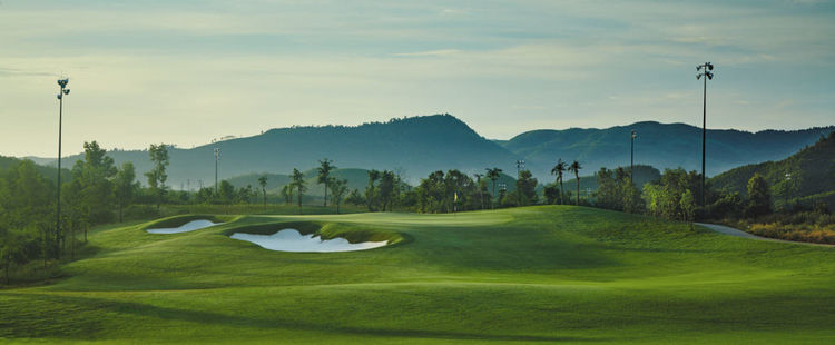 Ba na hills golf club cover picture