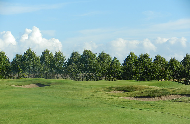 Overview of golf course named Moelleaaens Golf Club