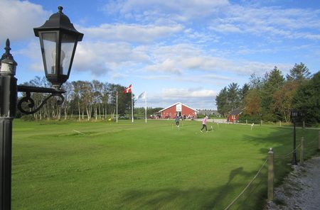 Loekken golf club cover picture