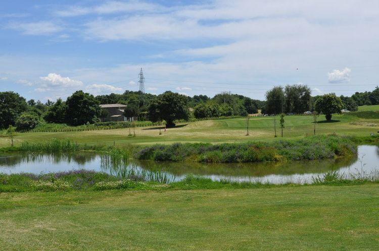 Acquapendente golf club cover picture