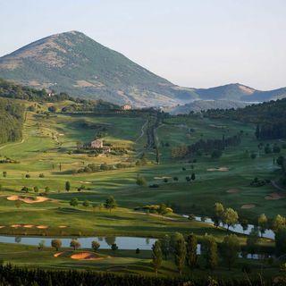 Antognolla golf club cover picture
