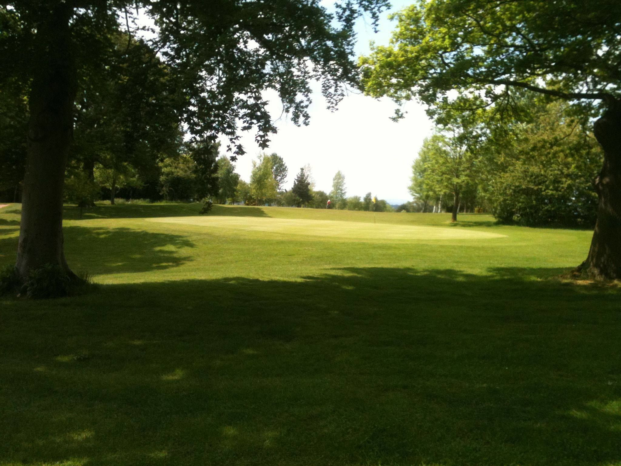 Arscott golf club cover picture