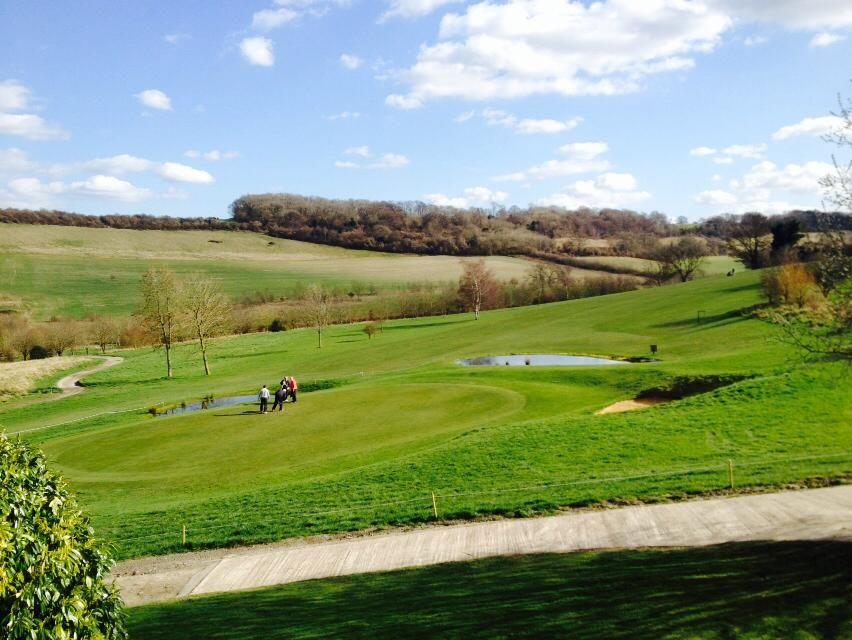 Austin lodge golf club cover picture