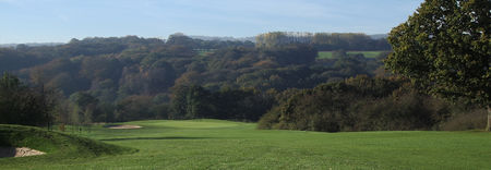 Overview of golf course named Gathurst Golf Club