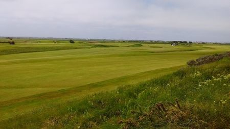 Sandilands golf club cover picture