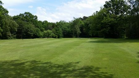 Overview of golf course named Rose Hill Golf Club