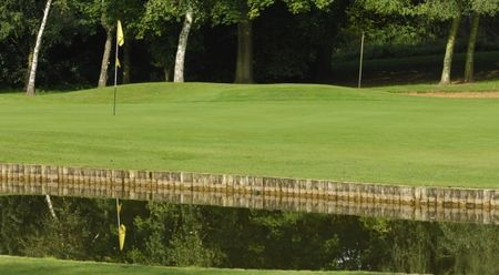 Spalding Golf Club Cover Picture
