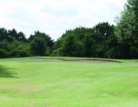 Overview of golf course named Hounslow Heath Golf Club