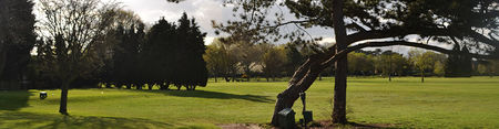 Overview of golf course named Coombe Wood Golf Club