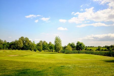Overview of golf course named Cretingham Golf Club