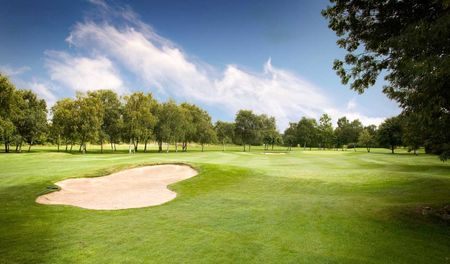 Nuneaton golf club cover picture