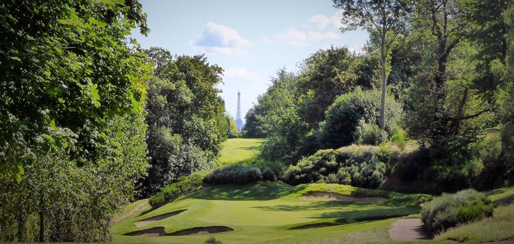 Golf de saint cloud cover picture