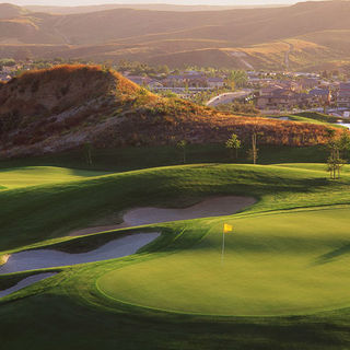 Arrowood golf course cover picture