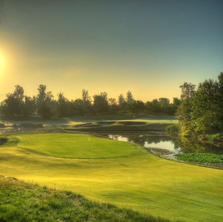 Oak Creek Golf Course Cover Picture