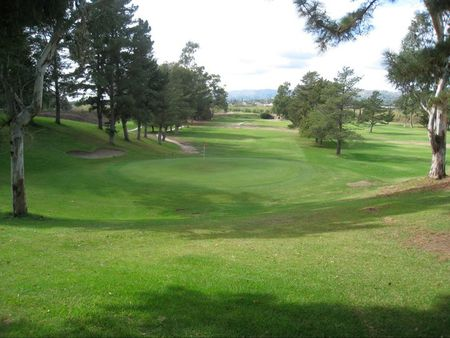 Overview of golf course named Santa Paula Community Golf Course