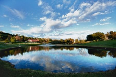 Calabasas Golf and Country Club Cover Picture